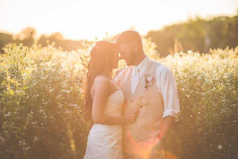 One of the many stunning photos available for the Bride and Groom.