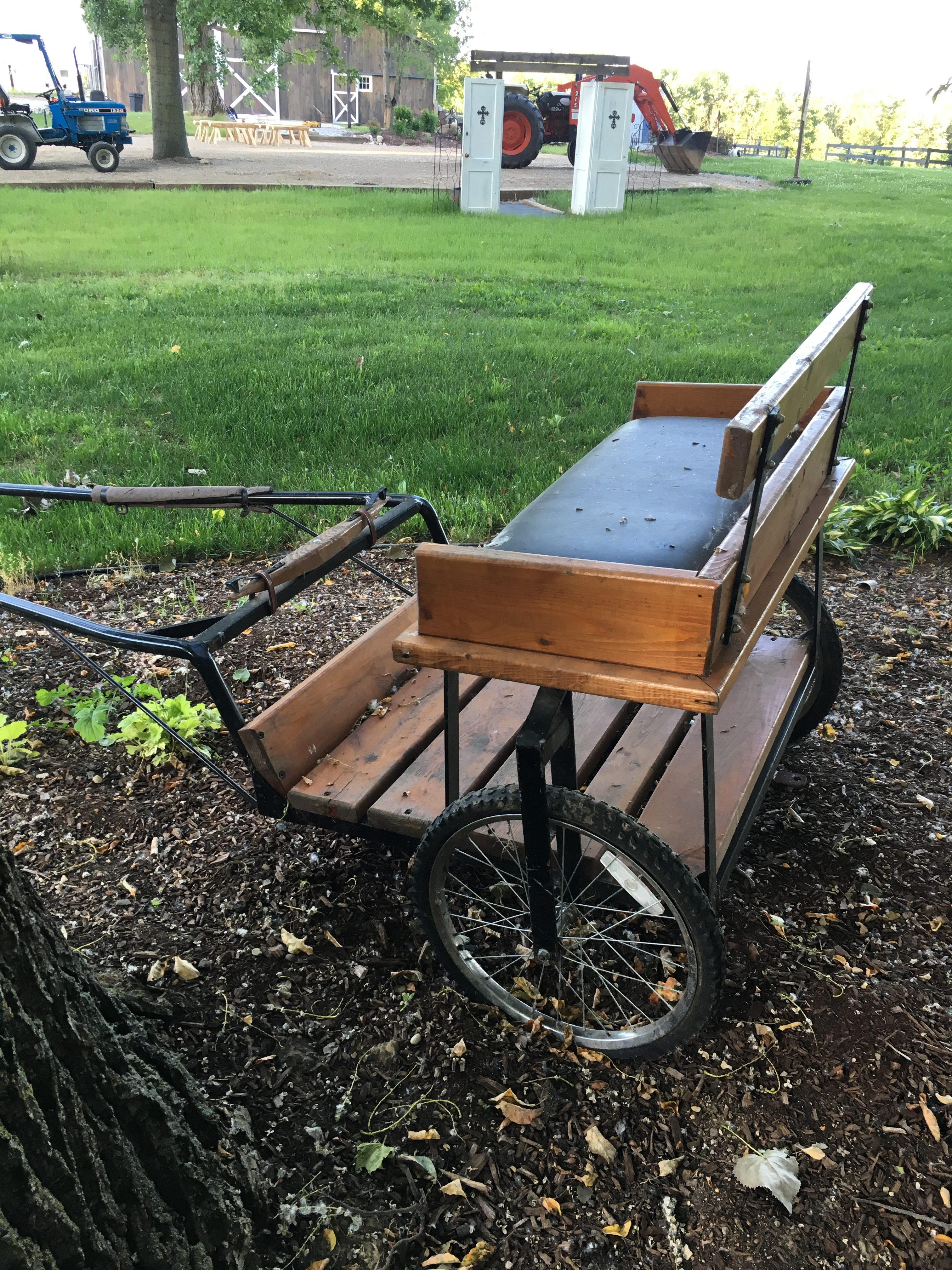 Picture of a homemade Bench that hooks up to a bike.